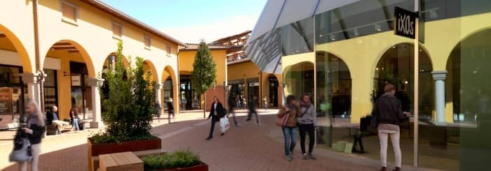 castel-guelfo-outlet-per-sito.jpg